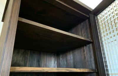 キャビネットダーブラウンw40d35h67cmチェッカーガラス扉上段可動棚真鍮取手チェスト木製ひのきハンドメイドオーダーメイド