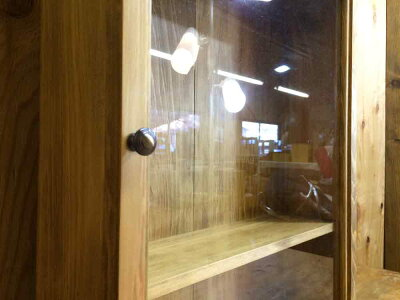 コレクションケース透明ガラスアンティークブラウン40×13×50cm真鍮つまみフック・棚付き木製ひのきオーダーメイド