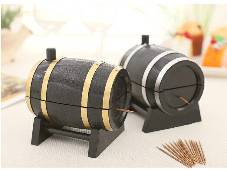 つまようじホルダー 爪楊枝入れ ケース ワイン樽 バレル かわいい おもしろグッズ おもしろ雑貨 キッチン用品 食卓 レストラン バー