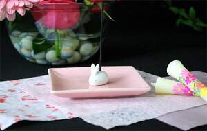 陶器香皿&ウサギ香立(ピンク)【うさぎ】【日本香堂】【陶器】【お香】【香皿】【香立て】【スティック】【コーン】【室内香】【可愛い】【プレゼント】【楽天スーパーSALEポイント10倍】