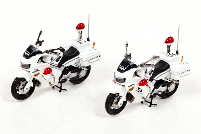 レイズ 1/43 ホンダ VFR800P 2002-2008 神奈川県警察 交通取締用 自動二輪車 第一交通機動隊 /第二交通機動隊