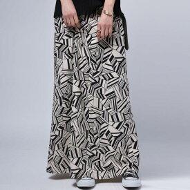 レディライクな品とモードな格好よさを併せ持つ。幾何学柄スカート・1月18日20時〜再再販。(100)◎メール便可!