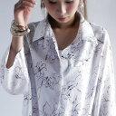 期間限定送料無料!淡く繊細なタッチの花柄シャツ。『柔和で女性らしくしてくれるのは。』5月20日20時〜発売!着たい…