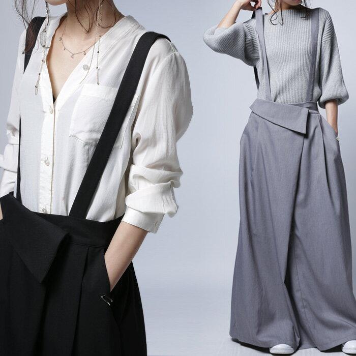 穿くだけで瞬時にモード感高まる2wayデザイン。2wayサロペスカート・4月27日20時〜再販。##×メール便不可!
