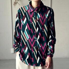 鮮やかな色彩。レトロモダンな雰囲気を纏える。幾何学柄シャツ・12月5日0時〜再販。(30)メール便可