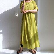 大人にちょうどいい透け感。この1着でレイヤードスタイルが完成。シアーワンピ・メール便不可