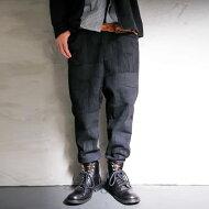 裾リブで、デザインも機能性も高めた。デザインパンツ・##