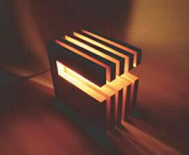 〔Flames〕L-Wich(エル ウイッチ)[ダークブラウン] DS-018DB 無垢材を使った木製のインテリアライト 照明 送料無料