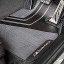 BMW純正 M Performance オールウェザー・マット・セット(フロント)(右ハンドル車用)(F32/F33/F36/F82 M4)