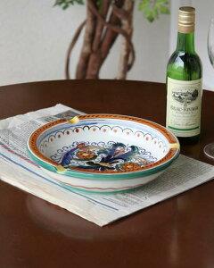 丸型の豪華な模様が美しい灰皿 陶器 イタリア製 ヨーロピアン 輸入雑貨 お洒落 高級 ハンドペイント 手造り インテリア デザイン ラウンド リビング