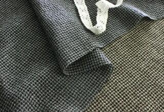 洗いをかけたふわふわ千鳥ピュアウールガーゼ生地【ハウンドトゥース】【千鳥格子】【ウール】【ウール生地】■軽やかで着心地抜群のウール素材