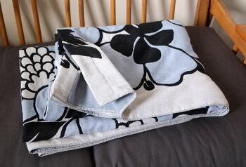 Finlayson(フィンレイソン)ガーゼケット掛け布団ANNUKKAアンヌッカ肌さわりの良い3重ガーゼ使用タオルケット140x190cmコットン100%寝具北欧デザイン北欧寝具北欧テキスタイルのベッドコーディネートジャガード織り