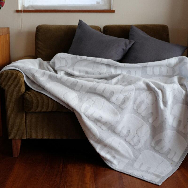 Finlayson(フィンレイソン)ハーフケット ELEFANTTI エレファンティ 毛布140×100cm【Finlayson フィンレイソン 北欧デザイン 寝具 おしゃれ ギフト プレゼントにも人気】ふわふわ♪