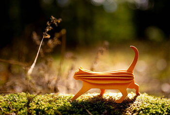 Lovi(ロヴィ)キャット猫12cm北欧オーナメントカード北欧ツリー飾りおしゃれな北欧プライウッド白樺フィンランドインテリア置物プレゼントギフトに人気