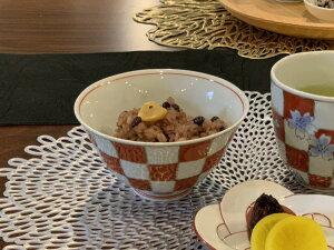 【そうた窯 染錦赤市松 ASA飯】碗有田焼 磁器 お茶わん 大きめ めし碗 ごはん茶碗 深め 赤 お茶漬け 鯛茶 手書き ごはん おしゃれ 和食器 ギフト 引き出物 内祝い プレゼント