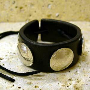 ARIZONA FREEDOM シルバーアクセサリー レザー 【NO.1】 ヒモ式 革 ブレス 黒 ( インディアン コンチョ 5ヶ付 ) 素材: SV925 【LeatherBrace】