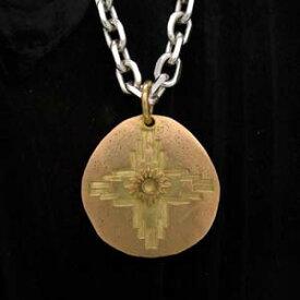 ARIZONA FREEDOM ゴールドアクセサリー Gold ペンダントトップ 【NO.1】 ゴールド NO.1 聖なる大地 素材: K18 【GoldTop】