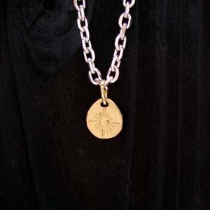 ARIZONA FREEDOM ゴールドアクセサリー Gold ペンダントトップ 【NO.16】 ゴールド NO.16 打込み メタル (小) 素材: K18 【GoldTop】