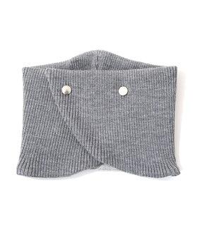 the Sakaki[这个sakaki]/β-β-/全3色(有,β套衫配饰有领子领子围巾围巾)BYDG-004
