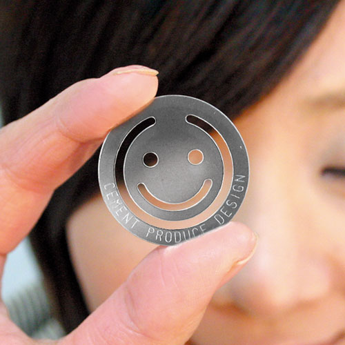 クリップ 【Happy Face Clip】(ハッピー フェイス クリップ)CEMENT セメントプロデュースデザイン 日本製 ペーパークリップ【すごい文房具】【Casa BRUTUS】【メール便/ネコポス対応】