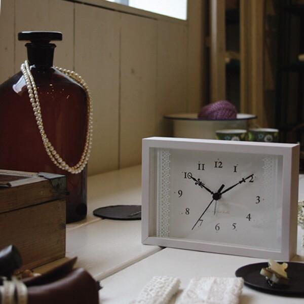 目覚まし時計 おしゃれ 卓上時計 置き時計 置時計 アナログ アラーム 時計 置き アラームクロック デザインクロック デザイン時計 ミニ アナログ時計 リビング ダイニング オフィス 北欧 モダン ラセ Lacet PA06-21 ナチュラル ホワイト ブラウン Lemnos レムノス