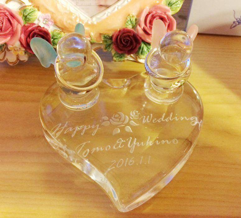 リングピロー ガラス 結婚祝い 完成品 贈り物 ペア 名入れ 名前入り 名前入れ 送料無料 結婚 おめでとう オーダーメイド プレゼント ギフトセット 指輪ケース ペアリング ギフトボックス クリスマスプレゼント 女性 男性向け 男性 彼氏 彼女 友達