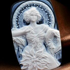 アルフォンス マリア ミュシャ 四つの宝石 ルビー メノウカメオのアート 繊細な彫刻 カメオブローチ・ペンダントに製作可 品質保証書/カメオ作家保証書付 カメオデザイン手提げ袋付き 送料無料