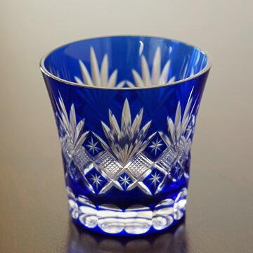 日本伝統的に美しい切子模様のグラス・日本酒や焼酎にどうぞ。(剣菱柄)