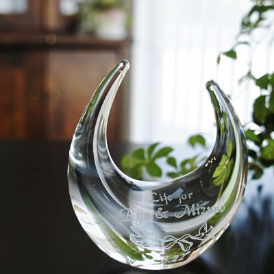 【お名前入れ無料】引越しや転居のご案内、新築祝いにマンション購入など鳩のイラストが強い絆を紡ぐ。ガラスの指輪置きは幸福のおまじない。【リングスタンド(クリア)ハト柄】