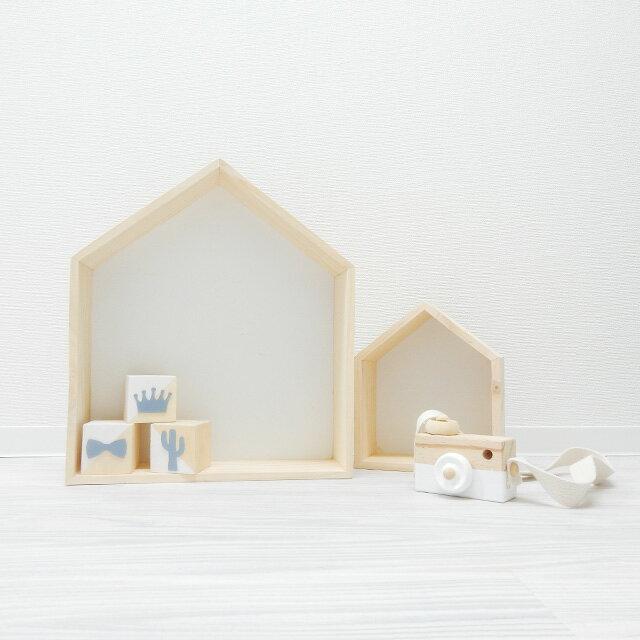 壁掛け 家型木製シェルフ 大小2個セット 取付ピン付き ディスプレイ用 撮影小物 装飾 小道具 ホーム House ハウス type home 棚【art of black】