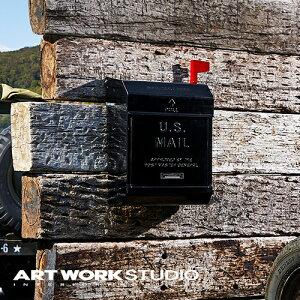 【ポイント10倍】壁掛けポスト ARTWORKSTUDIO アートワークスタジオ U.S. Mail box 2ユーエスメールボックス2 エンボス文字あり ダイヤル錠 フラグ付き A4サイズ投函可 スチール製 おしゃれ アメリカ