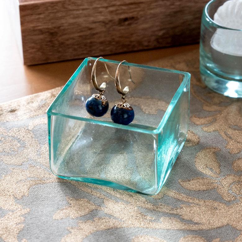 手作りガラスの四角い アジアン ケース6×6cmロータイプ[10003]【ガラスの収納ケース トレイ 四角いケース お香立て お香トレー 新生活】