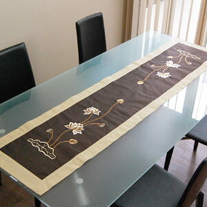 Asian Table Runner [vn50307] Made In Vietnam Where A Lotus Was Embroidered  On
