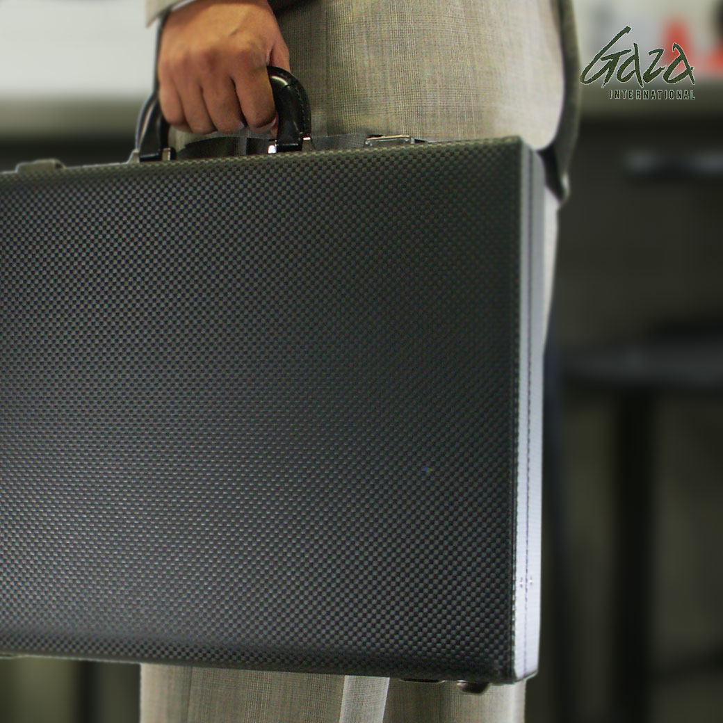 【ポイント12倍&割引クーポン発行中】 アタッシュケース ビジネスバッグ メンズ GAZA ガザ ATTACHECASE アタッシュ 合成皮革 アタッシュケース B4 横型 日本製 メンズバッグ バッグ ブランド ランキング プレゼント ギフト 青木鞄 u9sqA03 (6253)