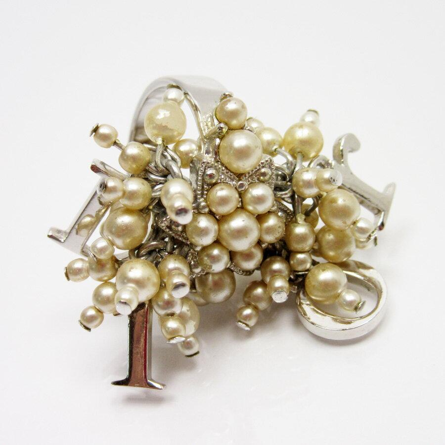クリスチャンディオール Christian Dior 指輪 リング シルバーxパールホワイト 金属素材xフェイクパール レディース 【中古】【定番人気】 - a1352