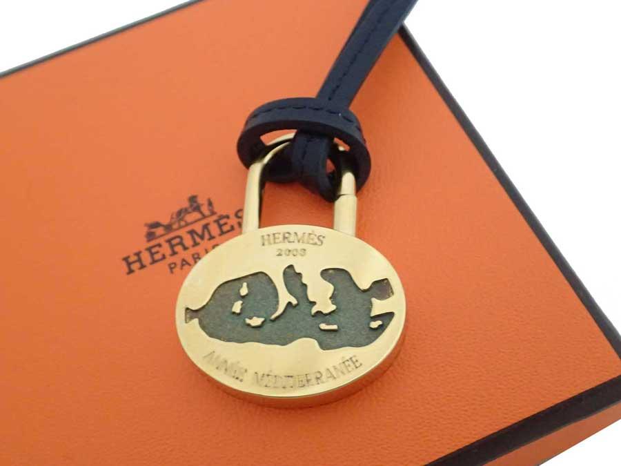 エルメス HERMES ネックレス 2003 ANNE MEDITERRANNE 地中海 ブラックxゴールド金具 金属素材xレザー ペンダント カデナ レディース メンズ 【中古】【おすすめ】 - e35633