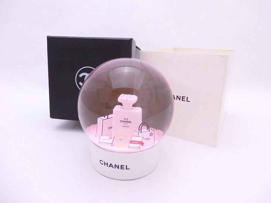 シャネル CHANEL スノードーム パーフュム 香水ボトル ホワイトxピンク ガラスxプラスチック オブジェ オーナメント レディース メンズ 送料無料【中古】【ノベルティ】 - e39450