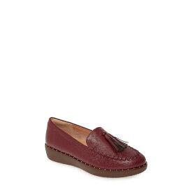 フィットフロップ レディース スリッポン・ローファー シューズ Petrina Moc Toe Loafer Lingonberry Patent Leather