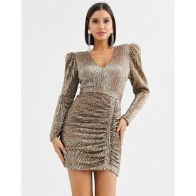 ラビッシュアリス レディース ワンピース トップス Lavish Alice structured sequin mini dress with statement shoulder in gold Gold