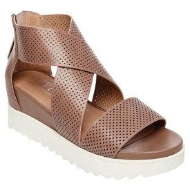 スティーヴマッデン レディース スニーカー シューズ Klein Perforated Platform Sandal (Women's) Tan Synthetic Leather