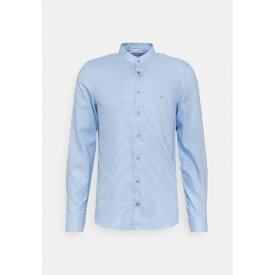 カルバン クライン テイラード メンズ シャツ トップス MOTIF EASY CARE SLIM SHIRT - Formal shirt - light blue