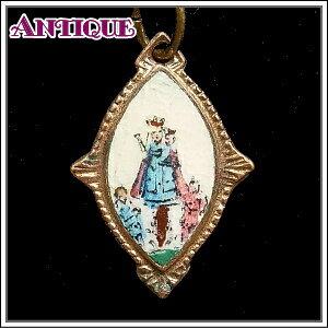 アンティーク♪マンドーラ型陶板に手描きの聖母マリア モンテギュの聖母のアンティークメダイネックレス、コイン、ペンダントトップ、チャーム、ヴィンテージ、ビンテージ【アンティークメダイ】