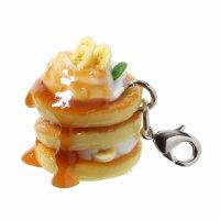 食品サンプル屋さんの3wayアクセサリー(キャラメルバナナパンケーキ)[食品サンプル/スマホ/スマートフォン/ガラケー/iPhone/Android/雑貨/食べ物/イヤホンジャック/ストラップ]