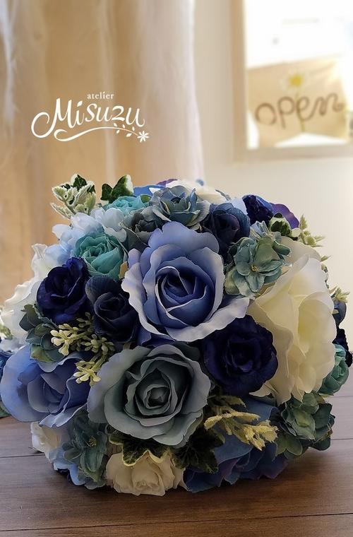 *misuzu* サムシングブルーでマスト! ブルー系ラウンドブーケ・ブトニア081 前撮り・海外挙式・リゾ婚 ブライダル