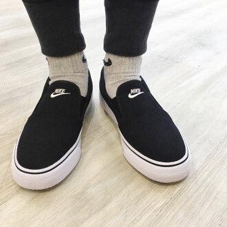 耐克 WMN 岐滑帆布 (妇女的耐克岐滑画布) 黑/白 16SU-我
