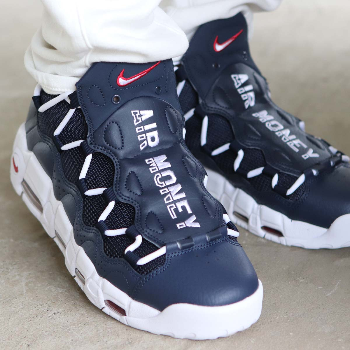 NIKE AIR MORE MONEY (ナイキ エア モア マネー) (OBSIDIAN/WHITE-GYM RED)18SU-S