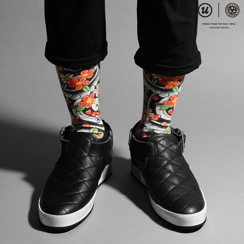 "THREE TIDES TATTOO × UBIQ ""IREZUMI"" SOCKS (Sakurafubuki) Designed by MUTSUO(スリー タイズ タトゥー x ユービック ""刺青"" ソックス)【メンズ】【靴下】16FW-I"