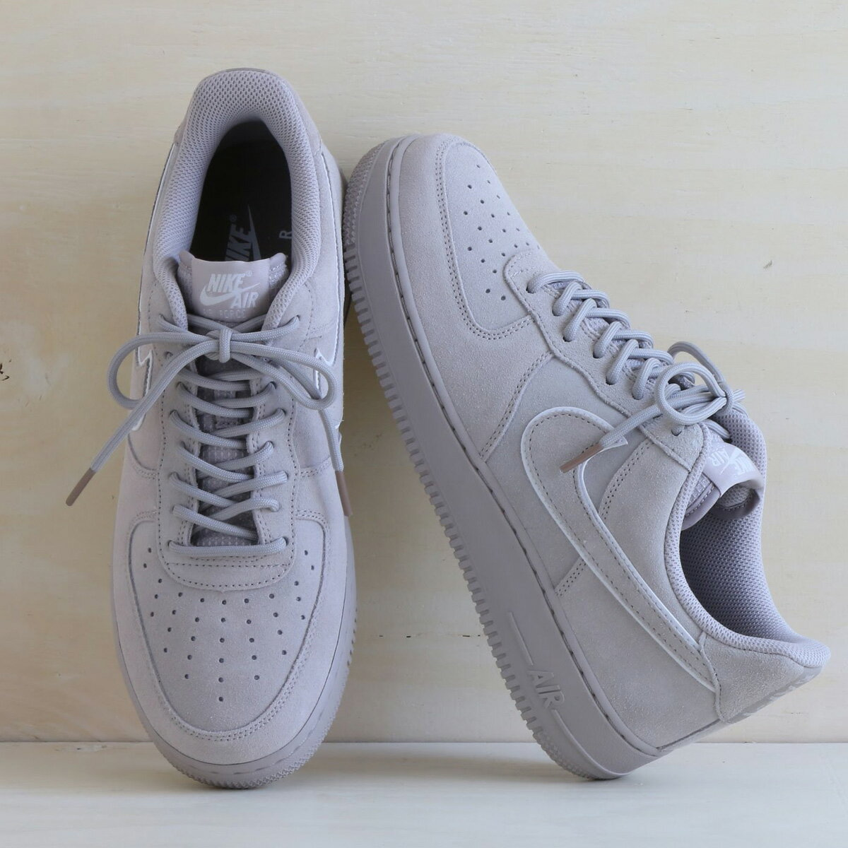 NIKE AIR FORCE 1 '07 LV8 SUEDE (ナイキ エア フォース 1 07 LV8 スエード) MOON PARTICLE/MOON PARTICLE-SEPIA STONE【メンズ スニーカー】18SP-I