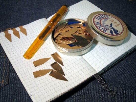 BOOK DARTS ブックダーツ缶入り50pcs
