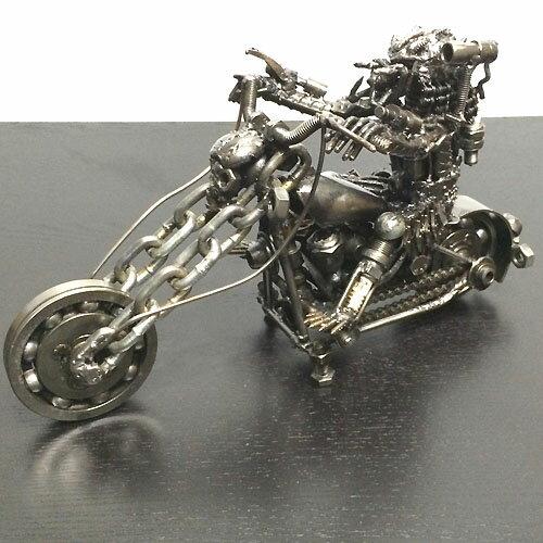 送料無料メタルアート1 フィギュア スカル エイリアン アメリカンバイクP10